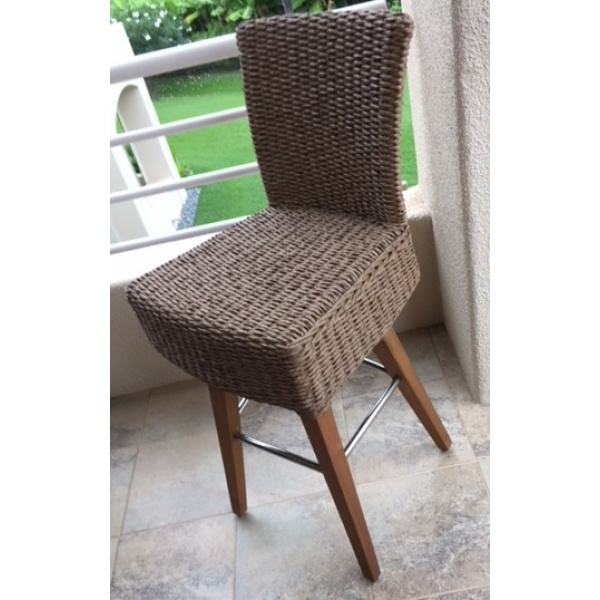 Tanzania Bar chair, with Swivel